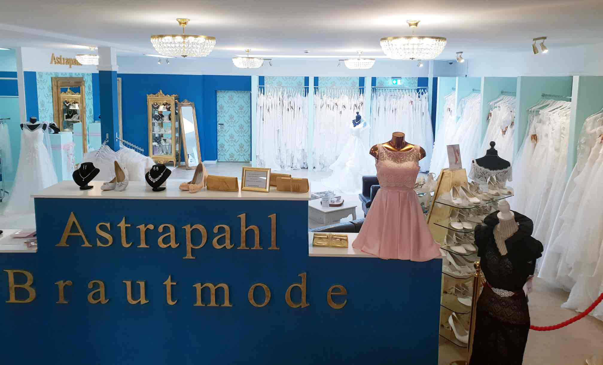 Die Boutique Astrapahl Die Schonsten Kleider