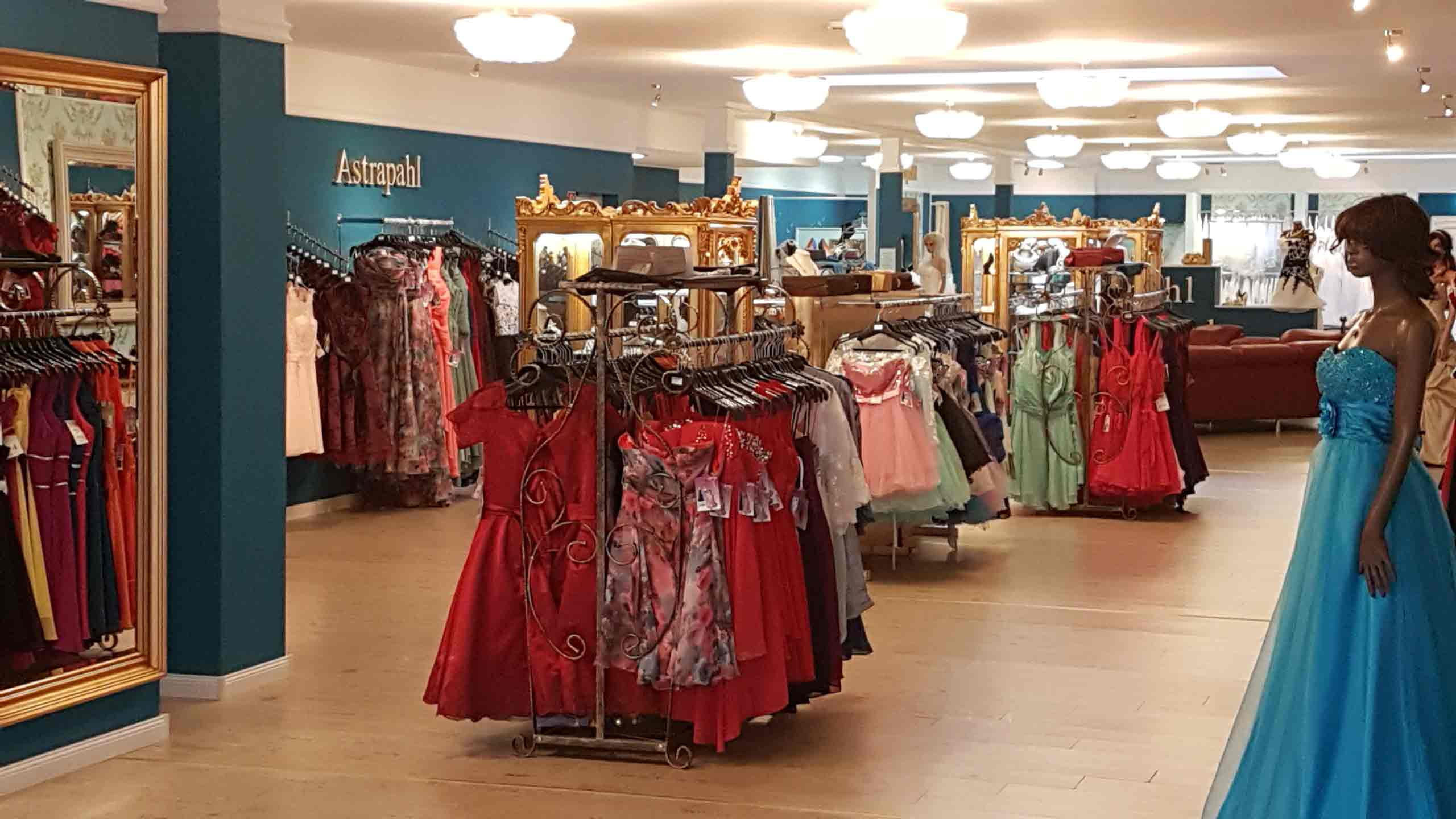 Astrapahl-Boutique-April-2017